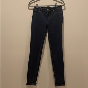 WHBM size 4 The Jegging jeans